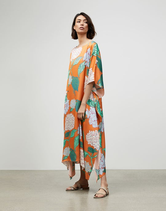 Blooming Hydrangea Print Drape Cloth Maeve Kaftan